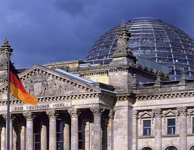 New German Parliament, Reichstag, Berlin, 1992-99. © Foster and Partners